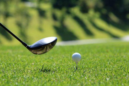 """клюшка та м""""яч для гольфа"""