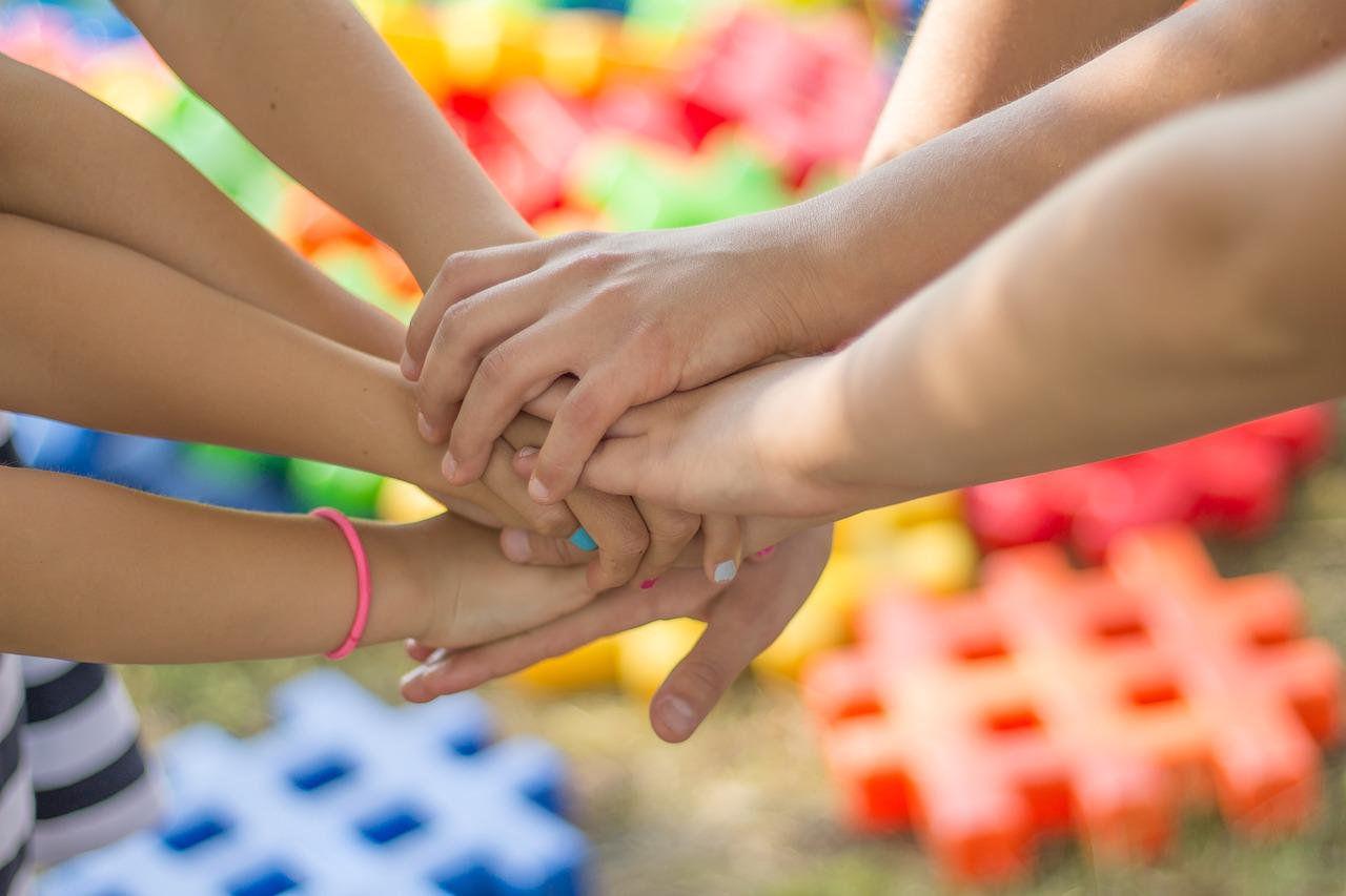 діти благодійність