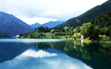 6 озер Італії, від краси яких перехоплює подих