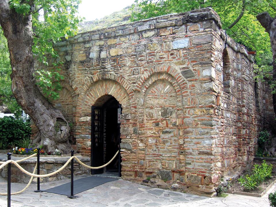 старовинна споруда