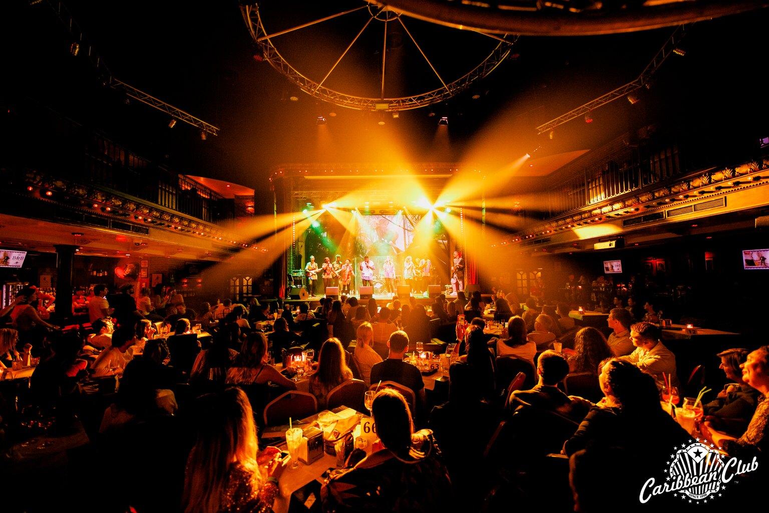 концертний зал у клубі