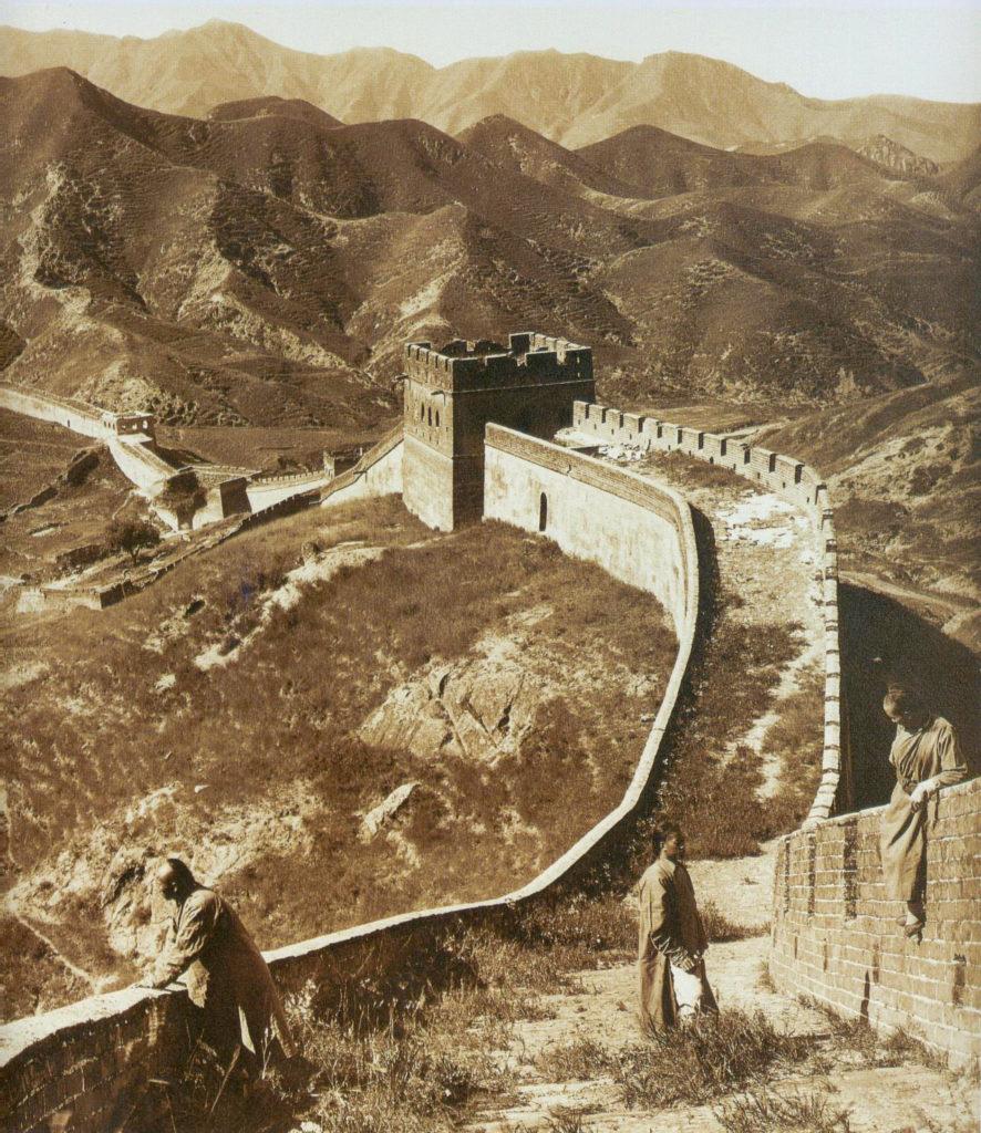 велика китайська стіна сепія