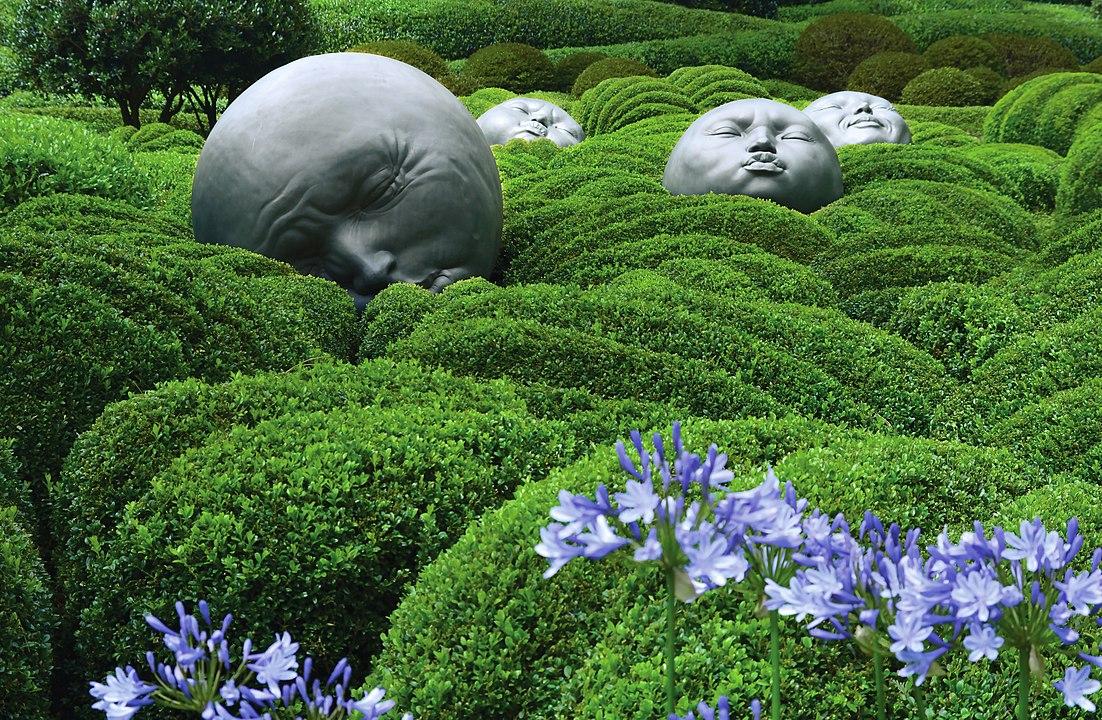 Сад у місті Етрета Франція