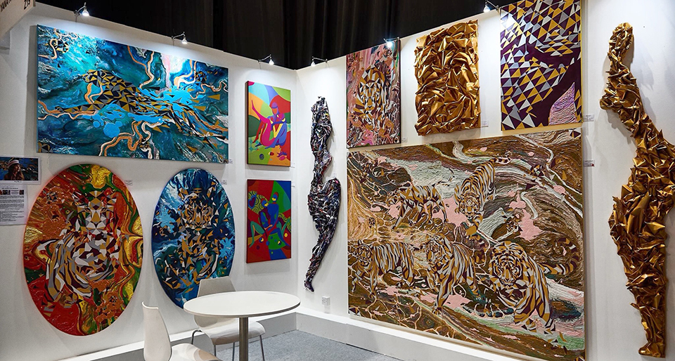 виставка World Art Dubai