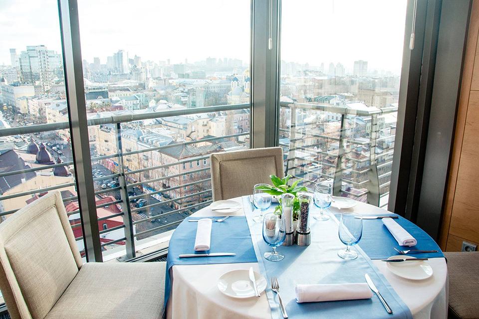 столик у ресторані Matisse
