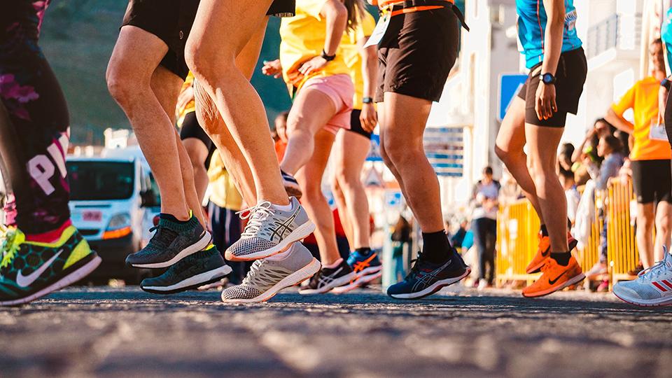 ноги марафонців