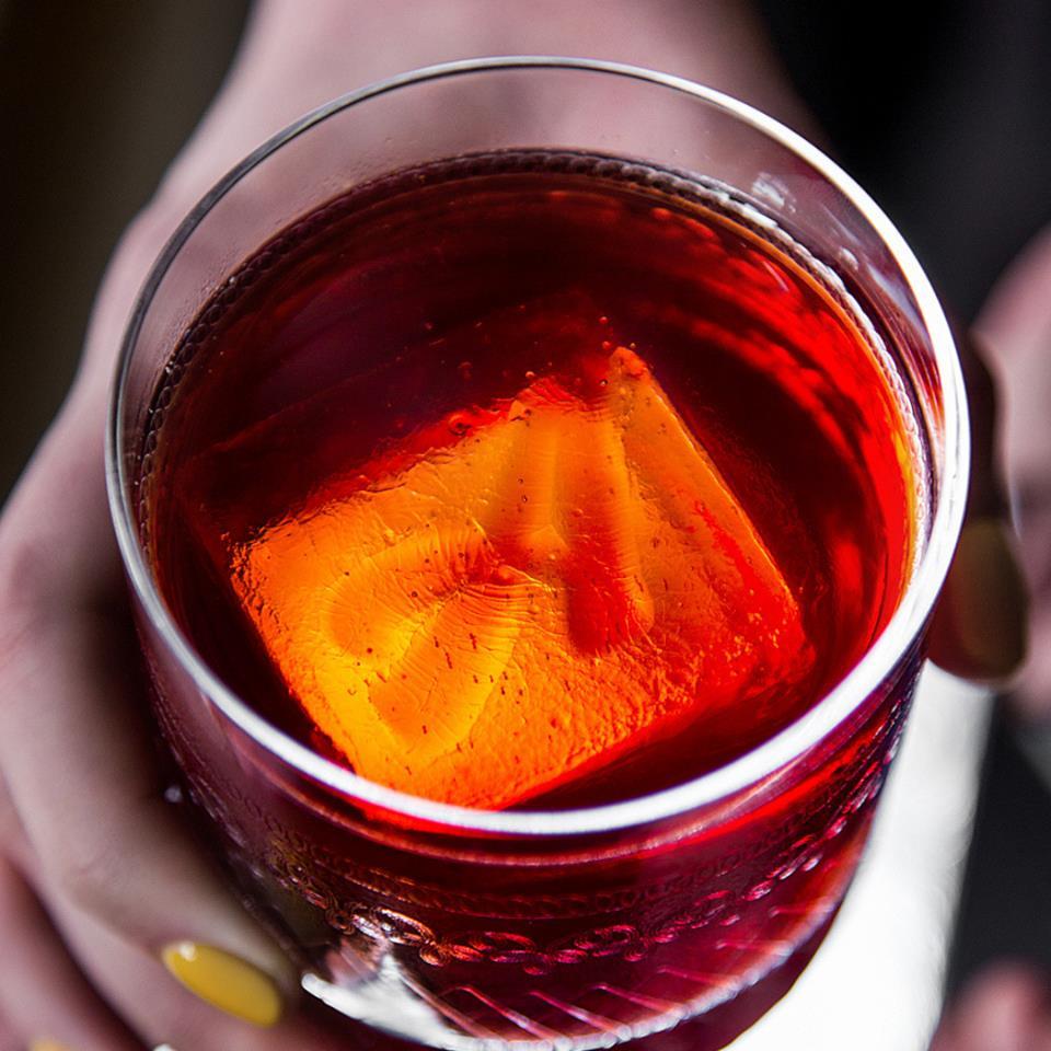 льод в коктейлі