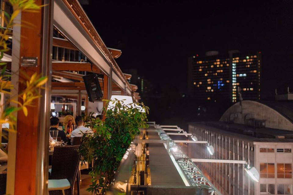 тераса ресторану MR. ZUMA